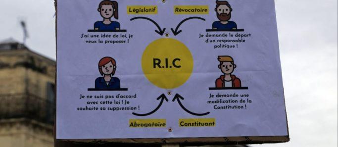 Qu est-ce que le référendum d initiative citoyenne demandé par les gilets  jaunes   e0b131b3898