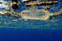 union europeenne accord contre pollution plastique - SocialMag